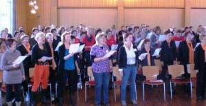 Foto Audi Frau im Chor
